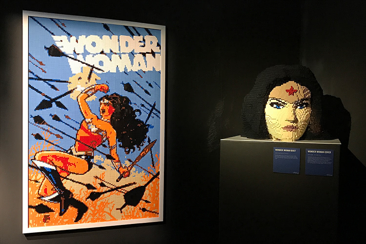 The Art Of The Brick: DC Super Heroes - Wonder Woman Bust & Cover