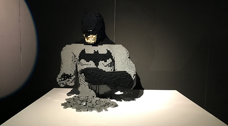 The Art Of The Brick: DC Super Heroes - Building Batman
